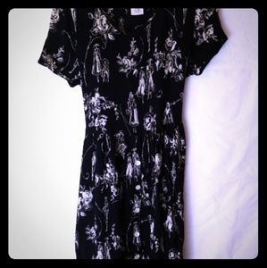 85 Cute vintage romantic print Bila dress Sz M